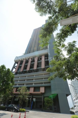 Menam Residences Charoen Krung